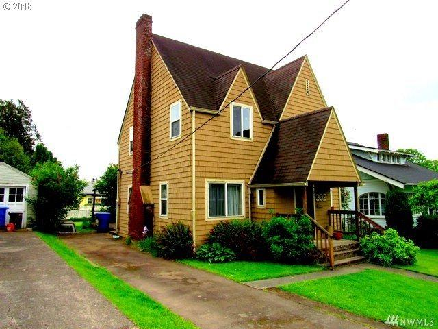 302 Columbia St, Kelso, WA 98626 (MLS #18212342) :: R&R Properties of Eugene LLC