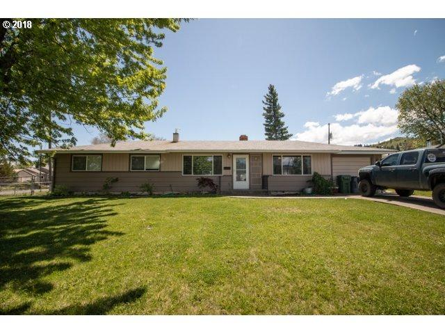 706 G Ave, La Grande, OR 97850 (MLS #18217802) :: The Sadle Home Selling Team