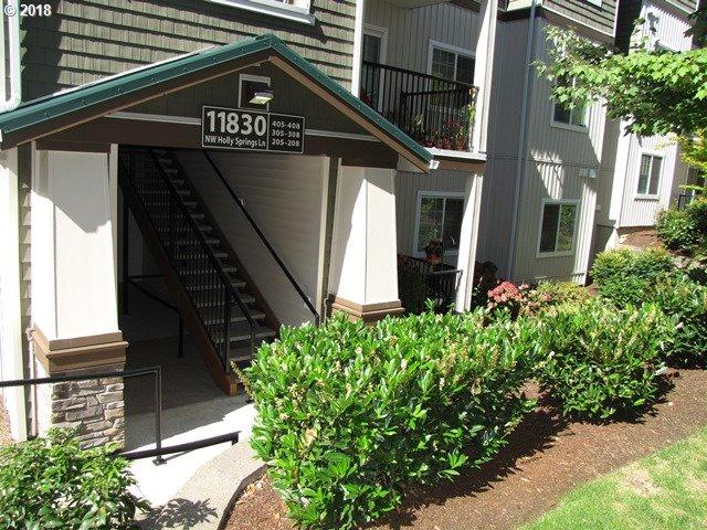 11830 NW Holly Springs Ln #308, Portland, OR 97229 (MLS #18230347) :: Cano Real Estate