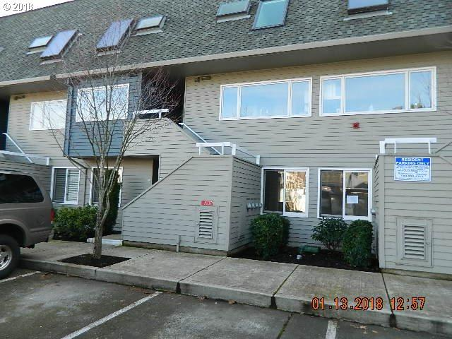 174 N Hayden Bay Dr, Portland, OR 97217 (MLS #18232136) :: Next Home Realty Connection