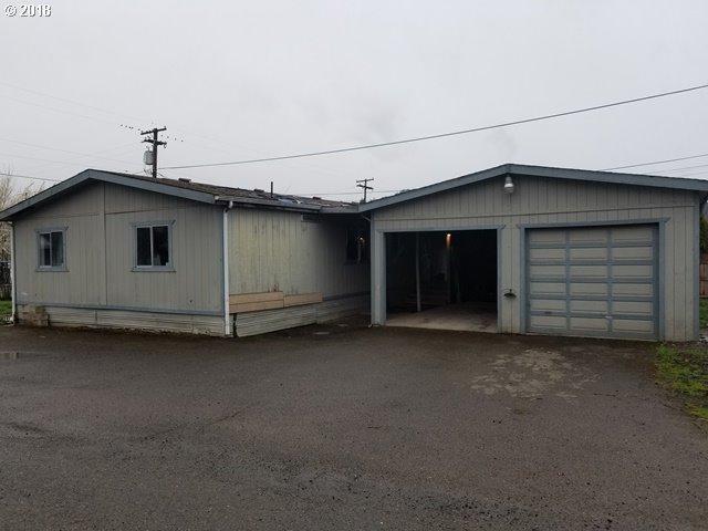 270 NW Civil Bend Ave, Winston, OR 97496 (MLS #18241190) :: Stellar Realty Northwest