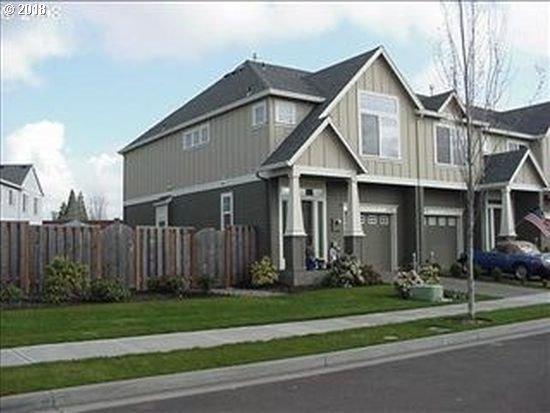 1233 SE Bacarra St, Hillsboro, OR 97123 (MLS #18243902) :: HomeSmart Realty Group