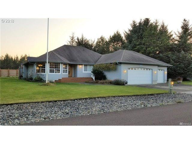 1206 120TH Pl, Ocean Park, WA 98640 (MLS #18244058) :: Townsend Jarvis Group Real Estate