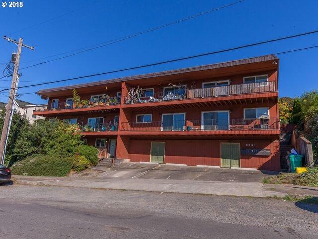 8521 N Edison St A8, Portland, OR 97203 (MLS #18247525) :: Premiere Property Group LLC
