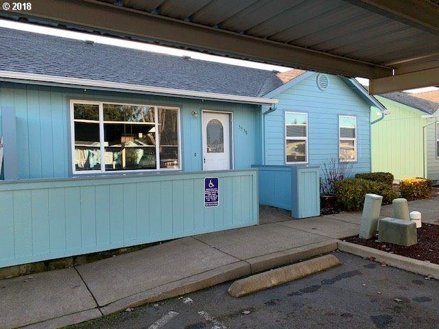 5538 E St, Springfield, OR 97478 (MLS #18250246) :: Song Real Estate