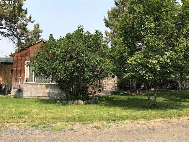 2575 SE Maphet Rd, Prineville, OR 97754 (MLS #18251015) :: The Dale Chumbley Group