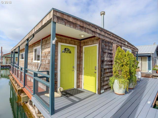 1837 N Jantzen Ave, Portland, OR 97217 (MLS #18254968) :: Cano Real Estate