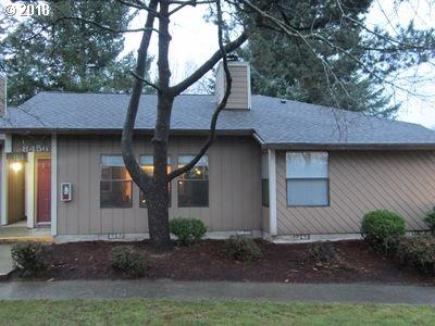 8456 SW Mohawk St, Tualatin, OR 97062 (MLS #18260286) :: Fox Real Estate Group