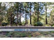 1188 NW Redfield Cir NW #31, Bend, OR 97703 (MLS #18267227) :: Portland Lifestyle Team