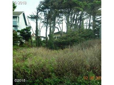 Lincoln Ave, Depoe Bay, OR 97341 (MLS #18279568) :: Hatch Homes Group