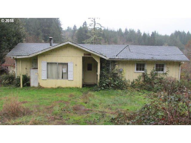 93368 Upper Loop Ln, Coos Bay, OR 97420 (MLS #18283079) :: Hatch Homes Group