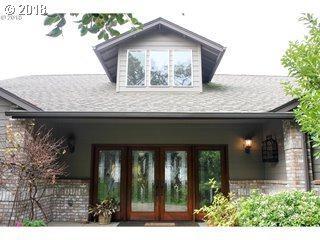 11 Ridgewood Dr, Roseburg, OR 97471 (MLS #18289713) :: Townsend Jarvis Group Real Estate
