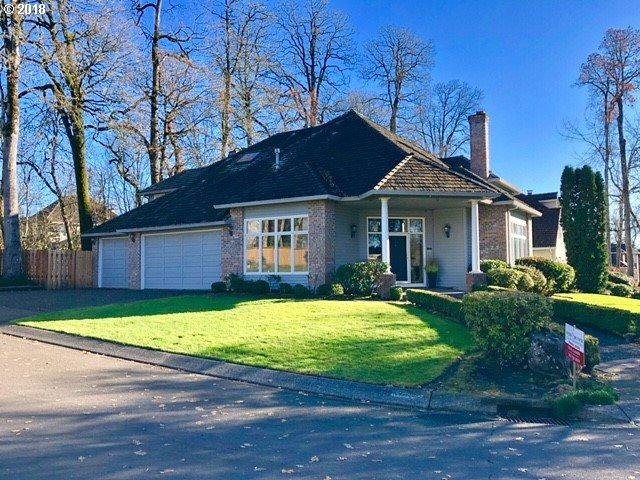 5064 Hastings Dr, Lake Oswego, OR 97035 (MLS #18294570) :: Hillshire Realty Group