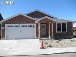 2711 Sea Crest Ave, Long Beach, WA 98631 (MLS #18310817) :: TLK Group Properties