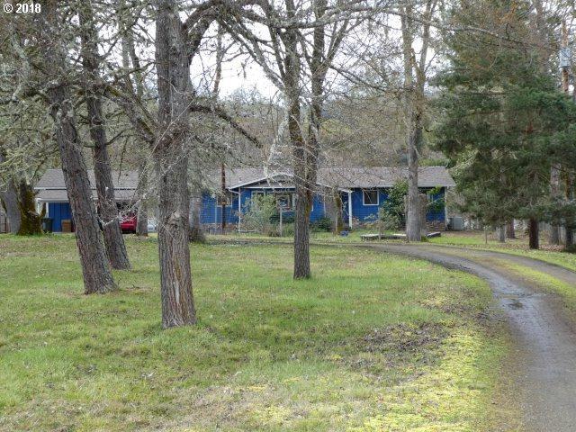 624 Echo Dr, Roseburg, OR 97470 (MLS #18312356) :: Keller Williams Realty Umpqua Valley