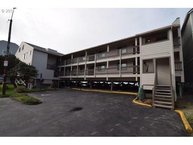 145 Miller #201, Rockaway Beach, OR 97136 (MLS #18329649) :: Cano Real Estate