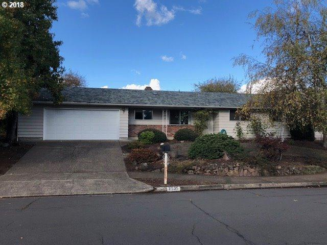 2535 Elysium Ave, Eugene, OR 97401 (MLS #18336325) :: Team Zebrowski