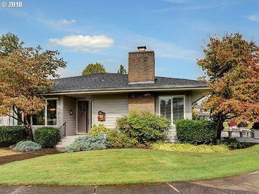 32410 SW Boones Bend Rd, Wilsonville, OR 97070 (MLS #18337756) :: Beltran Properties at Keller Williams Portland Premiere