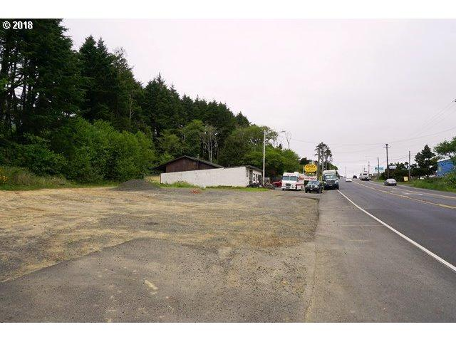 2273 SW Hwy 101, Lincoln City, OR 97367 (MLS #18343078) :: McKillion Real Estate Group