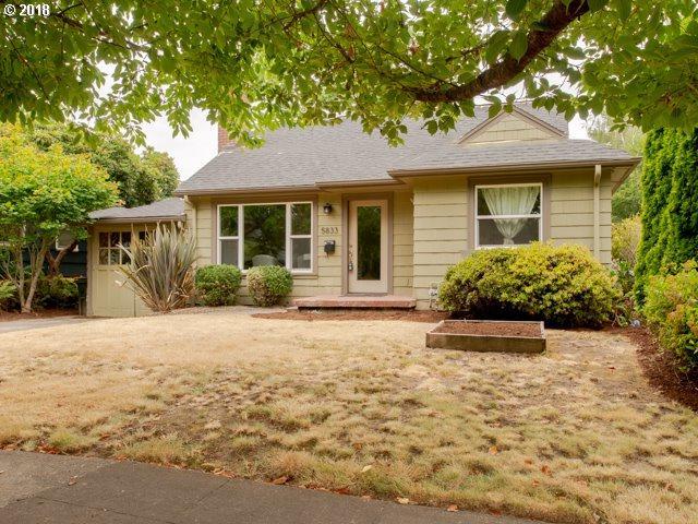 5833 SE 22ND Ave, Portland, OR 97202 (MLS #18345423) :: R&R Properties of Eugene LLC