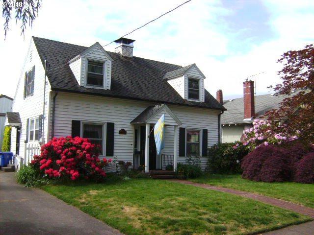 2514 N Willamette Blvd, Portland, OR 97217 (MLS #18357143) :: R&R Properties of Eugene LLC