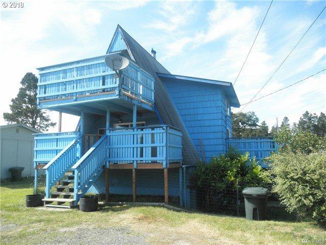 1503 198TH Pl, Long Beach, WA 98631 (MLS #18363056) :: Cano Real Estate