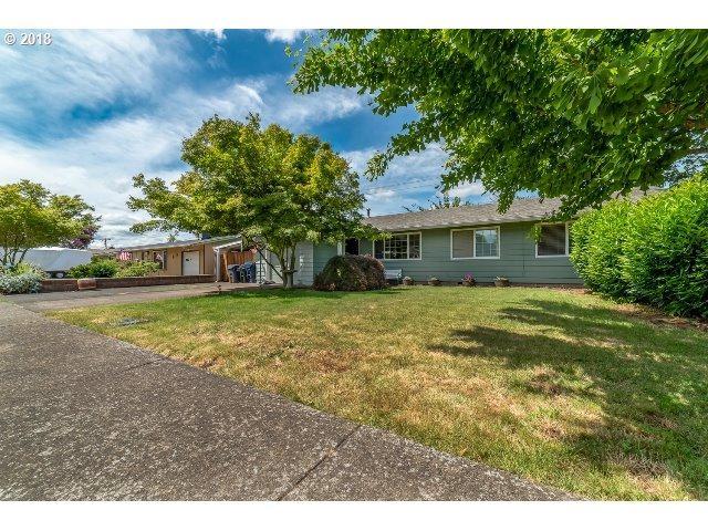 2570 Quebec St, Eugene, OR 97408 (MLS #18377101) :: Song Real Estate