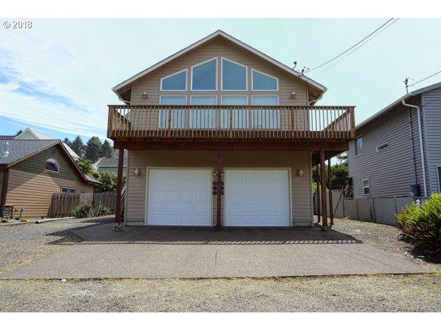 2004 NE 58TH St, Lincoln City, OR 97367 (MLS #18378945) :: Hatch Homes Group