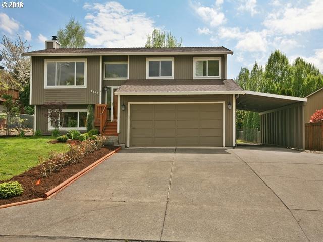 2360 SE Lindenbrook Ct, Milwaukie, OR 97222 (MLS #18384876) :: McKillion Real Estate Group