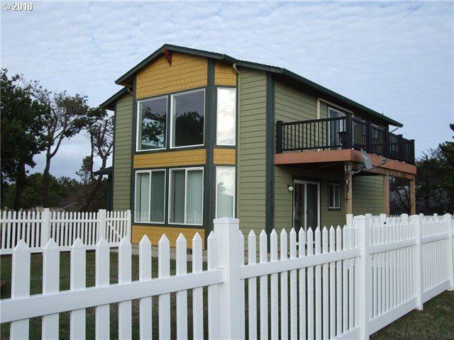 605 336TH Pl, Ocean Park, WA 98640 (MLS #18389500) :: SellPDX.com