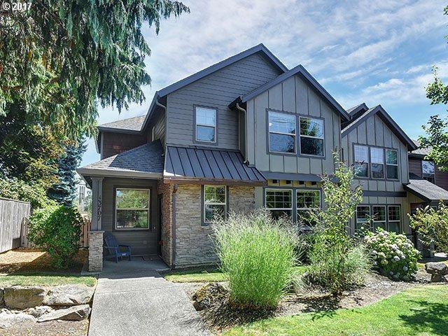 13707 SE Luca Ave, Clackamas, OR 97015 (MLS #18398912) :: Matin Real Estate