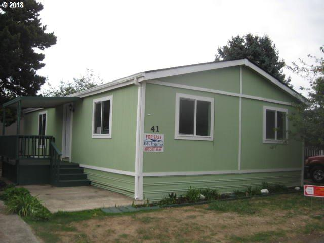 3389 Ash St #41, Hubbard, OR 97032 (MLS #18404714) :: Hatch Homes Group