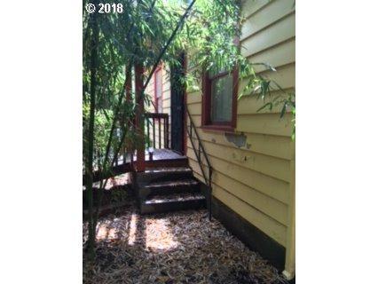 6722 NE Alberta St, Portland, OR 97218 (MLS #18407878) :: TLK Group Properties