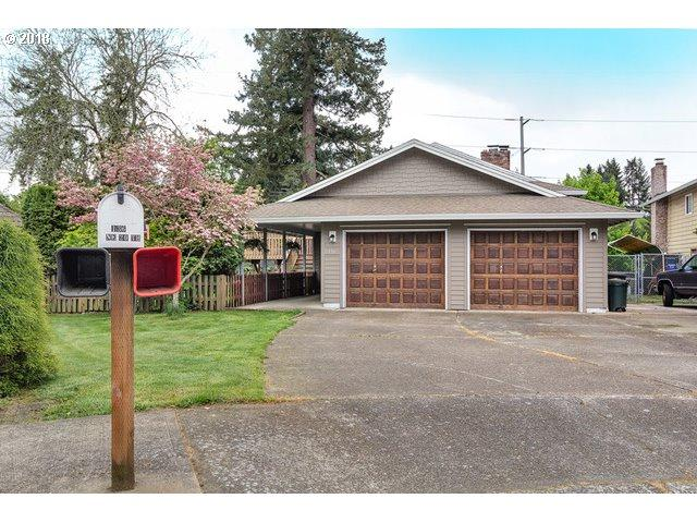 136 NE 20TH Dr, Hillsboro, OR 97124 (MLS #18412572) :: McKillion Real Estate Group