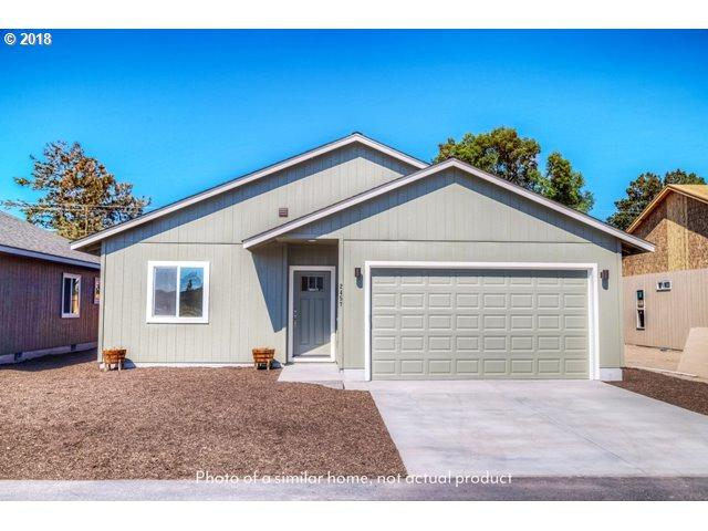 2537 NE Colleen Rd, Prineville, OR 97754 (MLS #18444817) :: The Dale Chumbley Group
