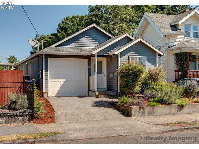 3427 N Halleck St, Portland, OR 97217 (MLS #18445471) :: Hatch Homes Group