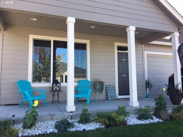 303 SW 9TH St, Battle Ground, WA 98604 (MLS #18445756) :: Matin Real Estate