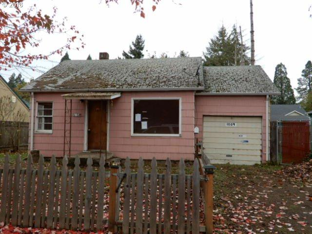 1004 3RD Pl, Springfield, OR 97477 (MLS #18445883) :: Song Real Estate