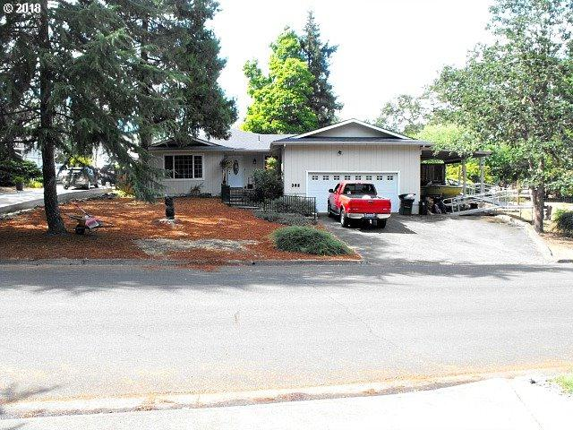 382 Thora Circle Dr, Winchester, OR 97495 (MLS #18451260) :: Keller Williams Realty Umpqua Valley