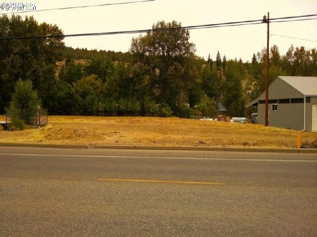 239 N Canyon Blvd, Canyon City, OR 97820 (MLS #18452755) :: Portland Lifestyle Team