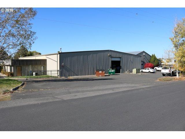 1001 SE 1ST St, Redmond, OR 97756 (MLS #18460270) :: Portland Lifestyle Team