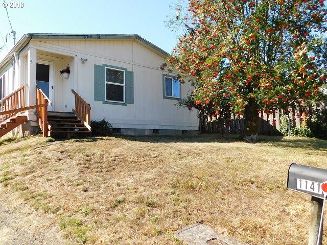 1141 Nehalem St, Vernonia, OR 97064 (MLS #18468453) :: The Dale Chumbley Group