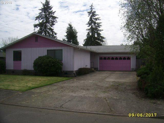 1825 Bryant Ave, Cottage Grove, OR 97424 (MLS #18473053) :: The Lynne Gately Team