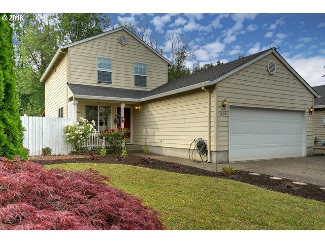 1639 SW Ashcreek Ln, Mcminnville, OR 97128 (MLS #18474301) :: The Sadle Home Selling Team