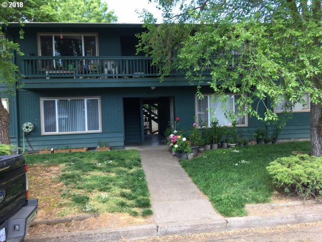 901 S Willamette St, Newberg, OR 97132 (MLS #18477436) :: Realty Edge
