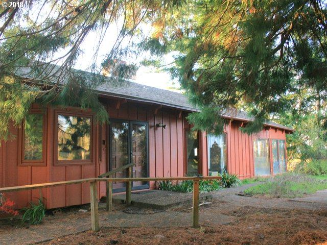 24140 SE Skyline Rd, Amity, OR 97101 (MLS #18498346) :: Next Home Realty Connection