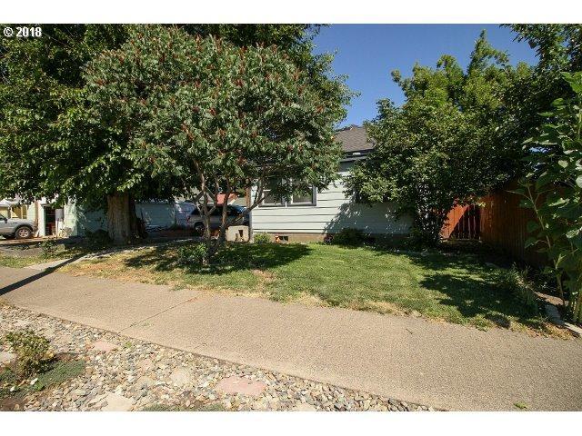 1605 Jackson Ave, La Grande, OR 97850 (MLS #18502291) :: Cano Real Estate