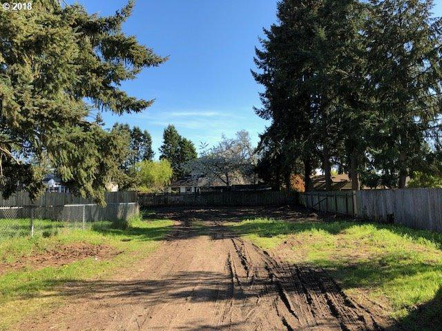 640 Kourt Dr, Eugene, OR 97404 (MLS #18520774) :: Harpole Homes Oregon