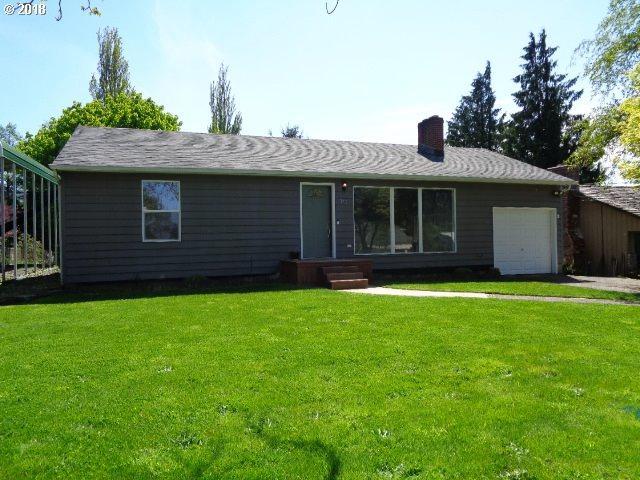 815 Hillcrest Dr, Longview, WA 98632 (MLS #18542118) :: R&R Properties of Eugene LLC