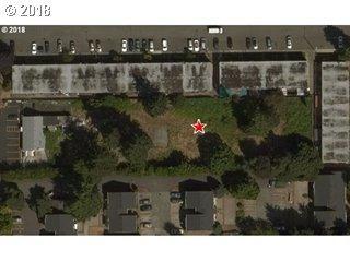 2056 SE 122ND AVE., Portland, OR 97233 (MLS #18556091) :: Matin Real Estate